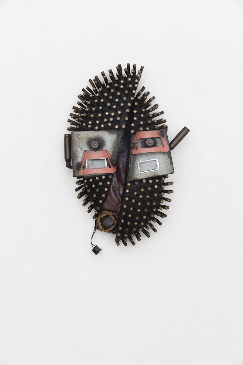 Gonçalo Mabunda, Untitled (Mask), 2018-2019, tecnica mista, cm 70x46